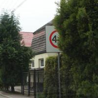 Zgłaszajcie zasłonięte znaki drogowe